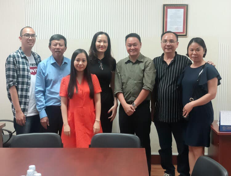 Meet and work with Malaysian Salanganes'Nest Association